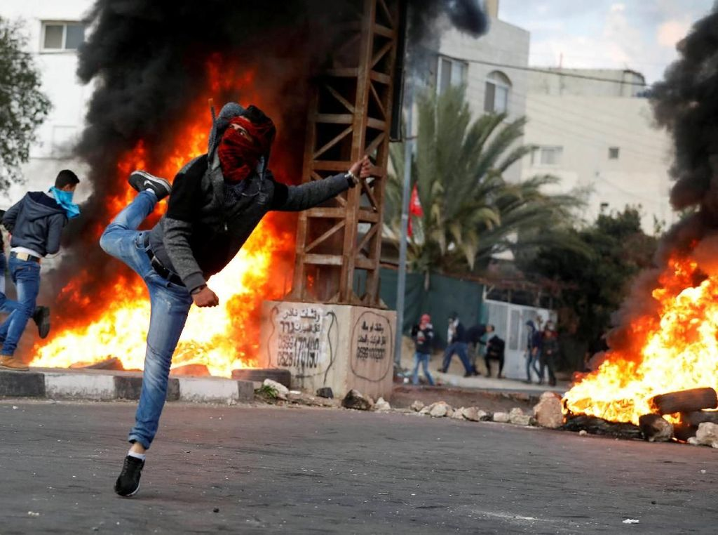 Tentara Israel Lukai 56 Warga Palestina dalam Bentrokan Terbaru