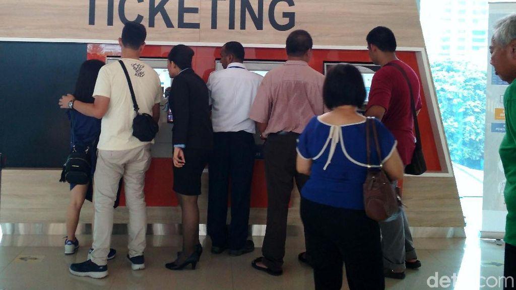 Tiket Kereta Bandara Soetta Ludes Terjual