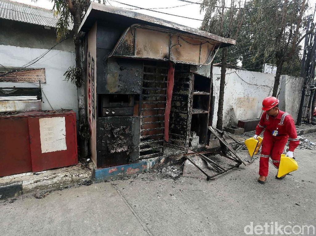 Fasilitas SPBU yang Rusak Akibat Terbakarnya Truk Tangki