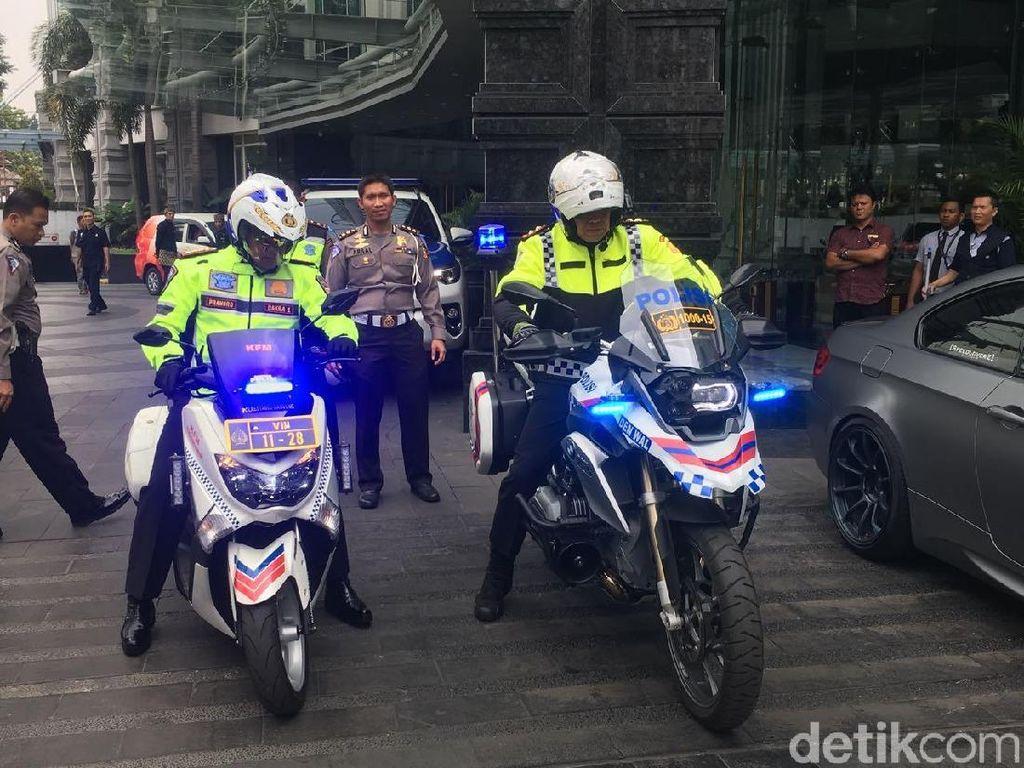 Bruuum! Kakorlantas Konvoi Naik Moge Cek Jalur Bandung-Puncak