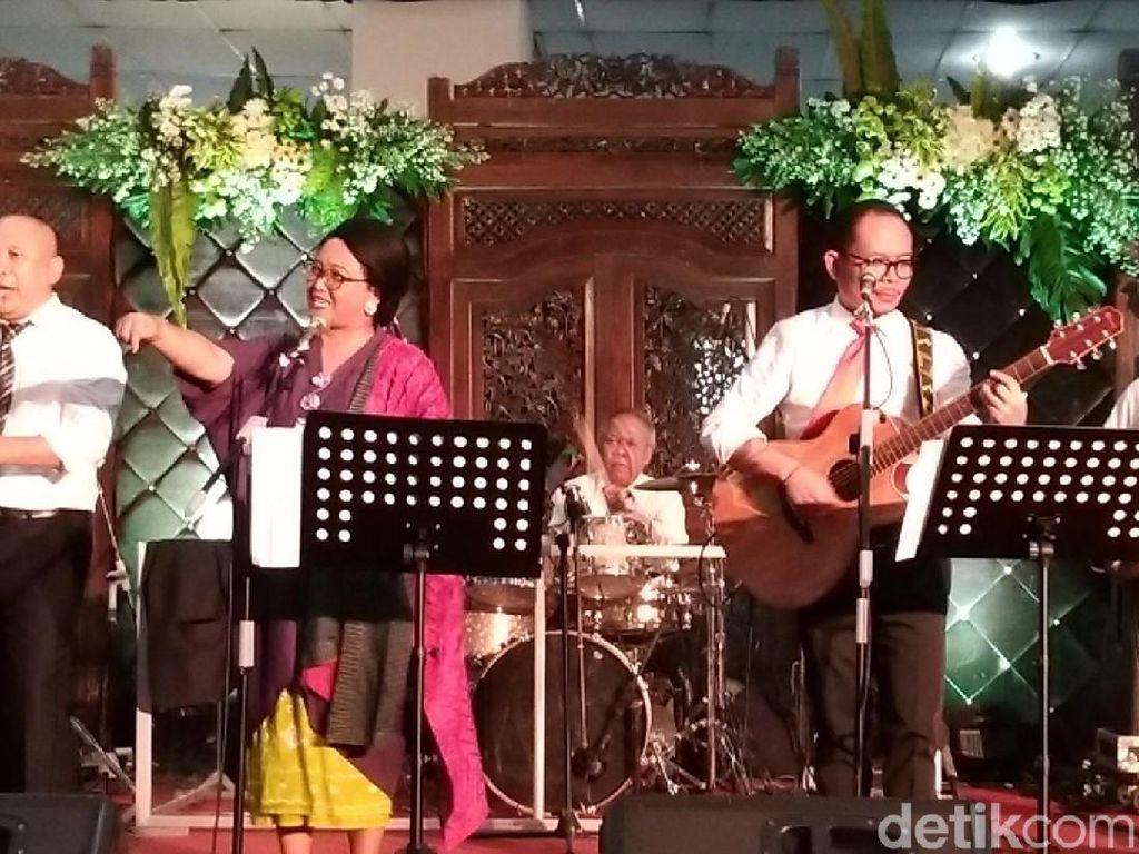 Elek Yo Band! Menteri-menteri Nge-rock di Nikahan Putri Mensesneg
