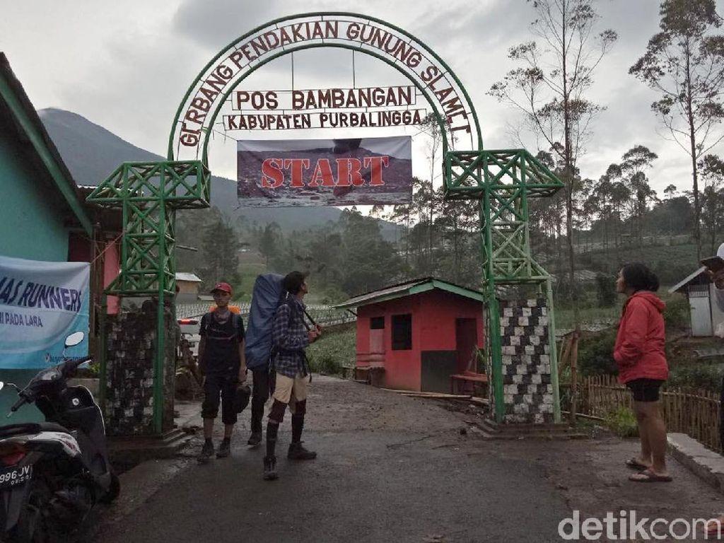 Gunung Slamet Berstatus Waspada, 50 Pendaki Tercatat Naik
