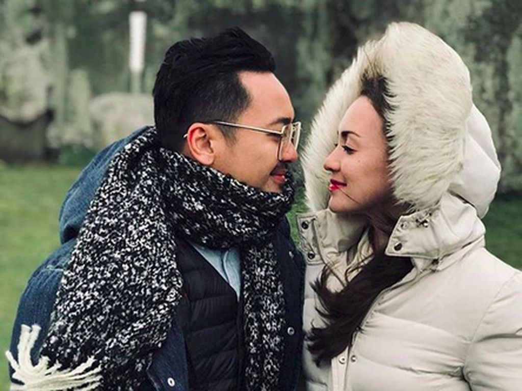 Love is in The Air! Mesranya Rianti Cartwright dan Cas Alfonso