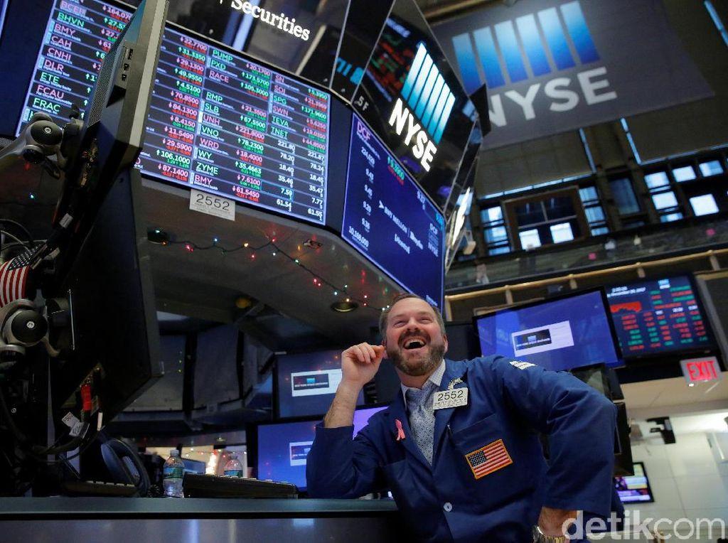 Stimulus Jumbo Diteken, Wall Street Pun Terbang