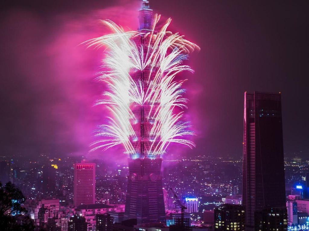 Aneka Pesta Kembang Api Spektakuler di Asia