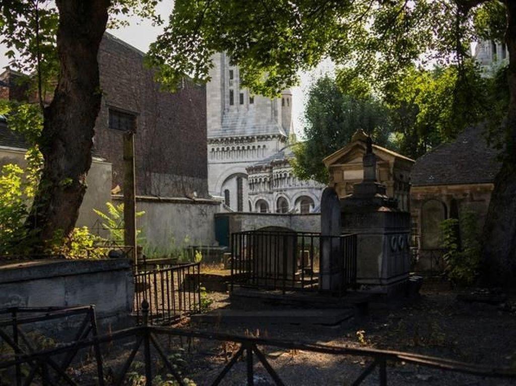 Kisah Kuburan di Paris yang Hanya Buka 2 Kali Setahun