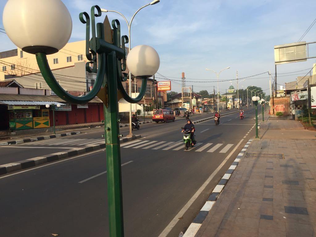 Foto: Kado Ahok Rp 130 Miliar ke Warga Bekasi di Awal Tahun