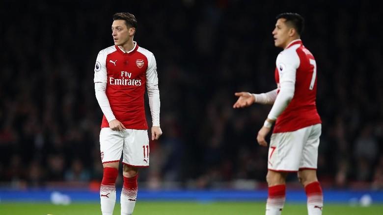 Wenger Sebut Oezil Mungkin Bertahan, Sanchez Bisa Jadi Pergi
