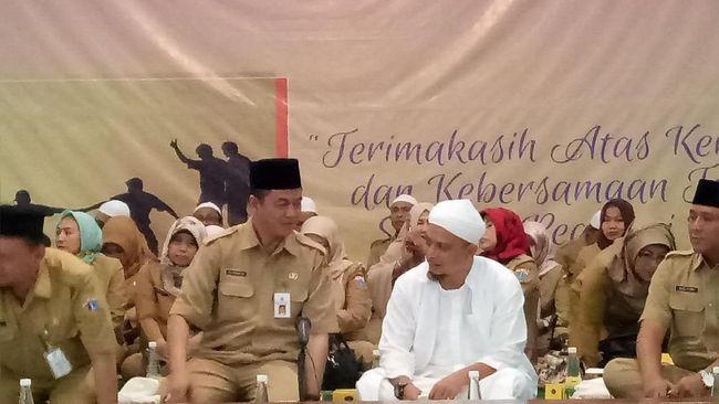 Target Pajak Terlampaui, Anies Syukuran dengan Ustaz Arifin Ilham