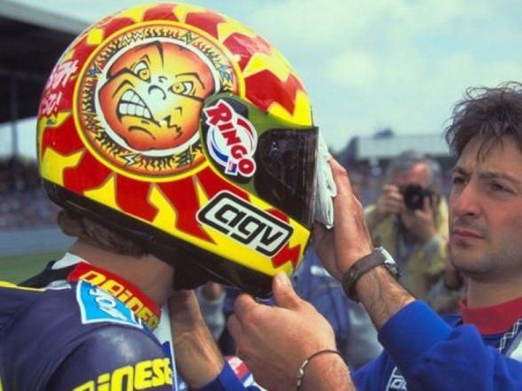 Tips Biar Nggak Tertipu dengan Helm Rossi Palsu