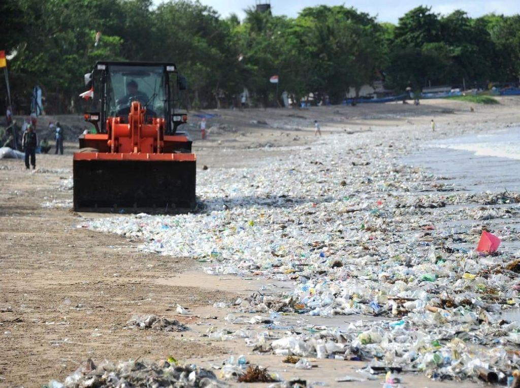 Foto: Wajah Bali yang Penuh Sampah