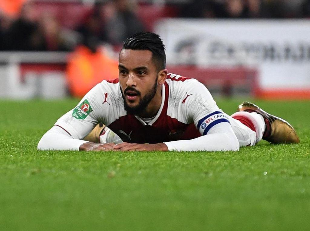 Tentang Rumor Walcott Bakal Pulang ke Southampton