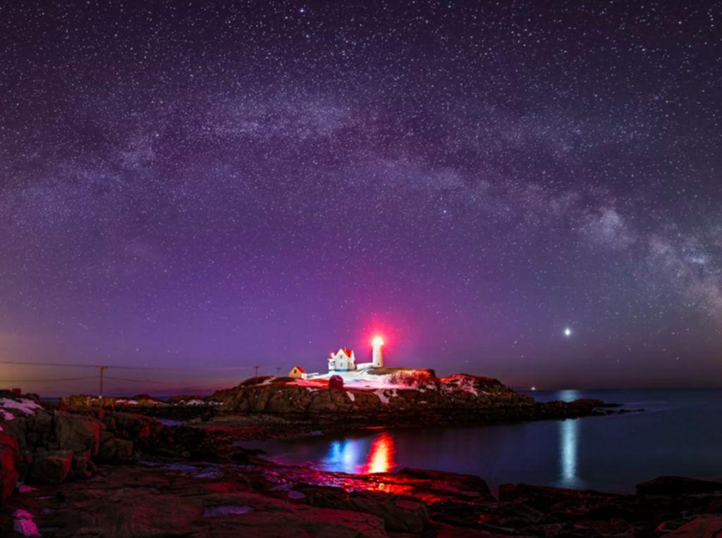 Pemandangan Galaksi Bima Sakti yang Bikin Takjub