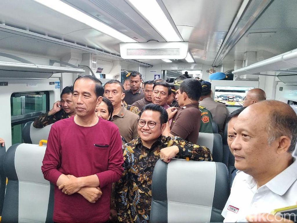 Jokowi: Kereta Bandara Tepat Waktu, 55 Menit Tet Sampai
