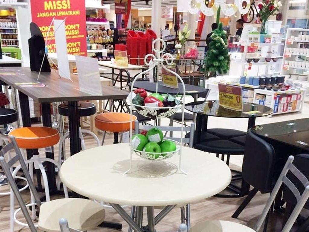 Dekor Ulang Ruang Makan di Index Living Mall Graha Bintaro