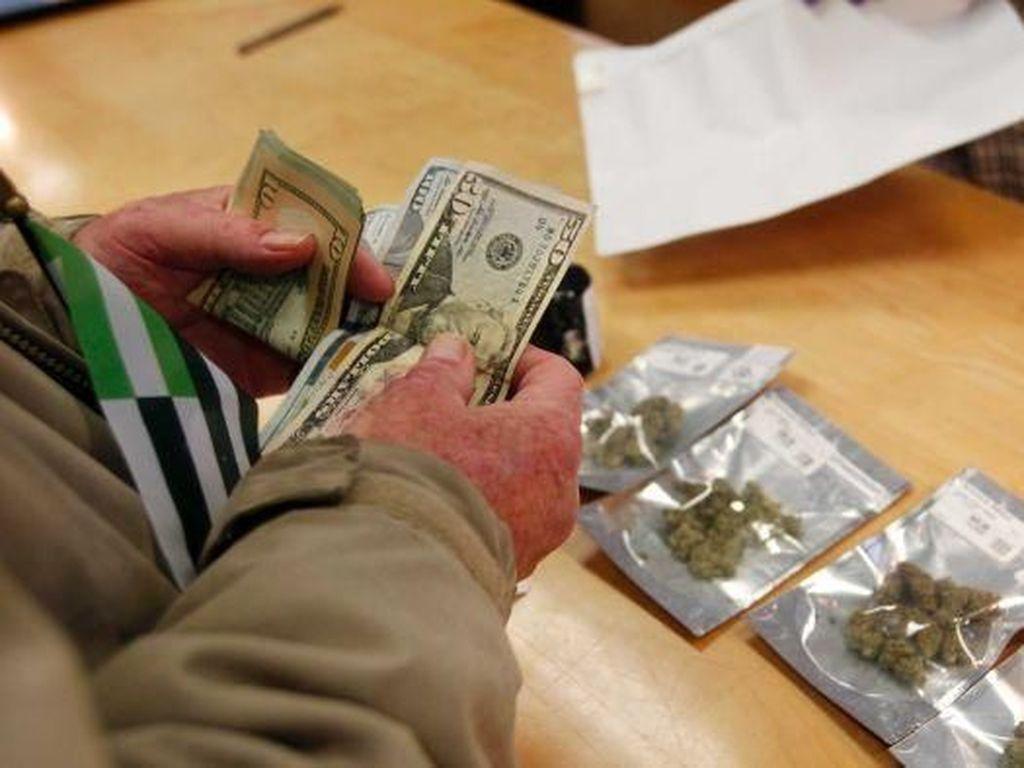 California Bebaskan Penjualan Ganja Sejak 1 Januari