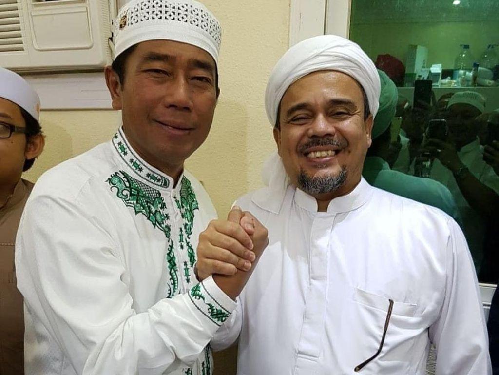Momen Keakraban Lulung dan Habib Rizieq Saat Bertemu di Mekah