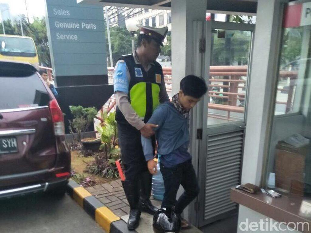 Selain Kena Kasus Narkoba, Pemotor Terobos Busway Juga Ditilang