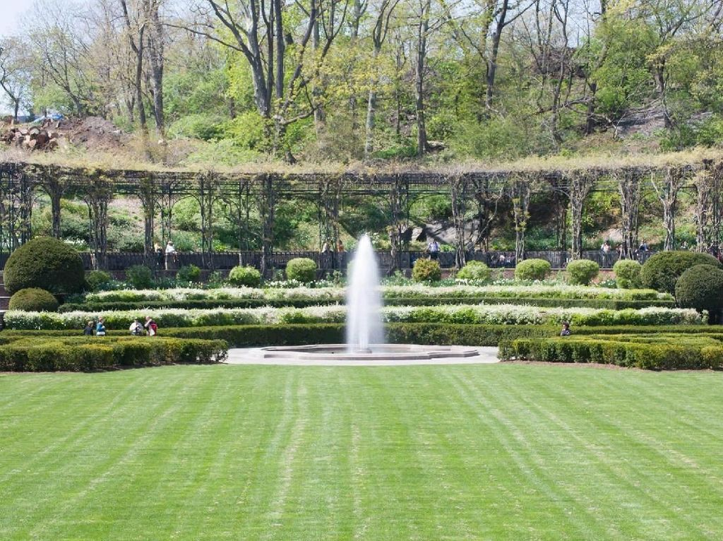 Foto: Ini Central Park yang Jadi Kiblat Sandiaga Mengubah Monas