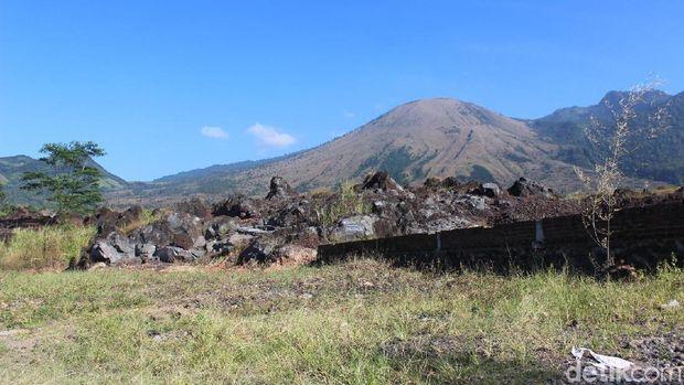 Gunung Guntur Garut dan Mitos Larangan Meniup Suling
