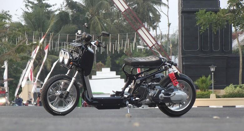 Suzuki Spin 125 Versi Telanjang ala Honda Ruckus