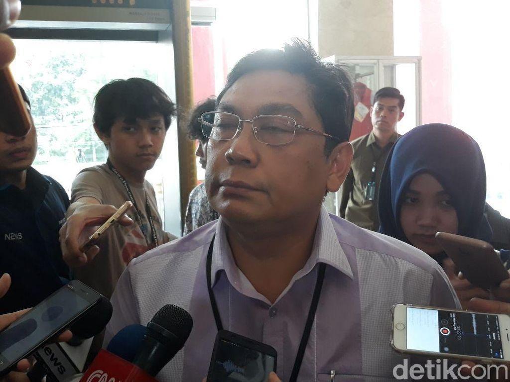 Utut PDIP Kutip Bambang Pacul Persilakan Ganjar Nyapres Lewat Partai Lain