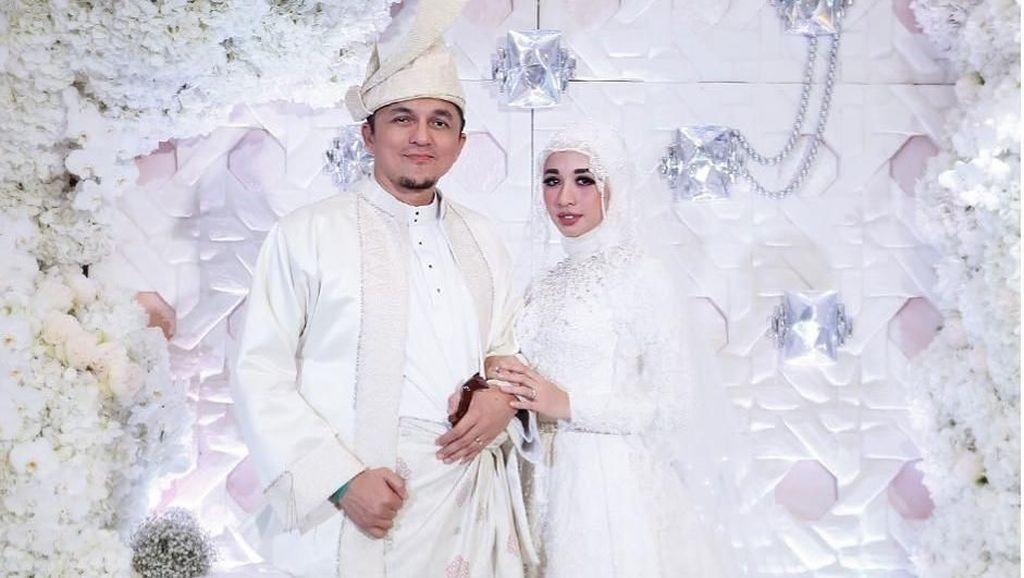 Bukan Selebriti, Suami-suami Artis Indonesia Ini Ganteng Banget