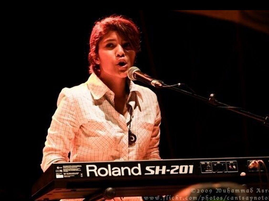 Keyboardist The Adams Meninggal Dunia