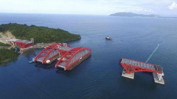 Kunker Papua, Jokowi Pantau Gizi Buruk dan Jembatan 732 Meter