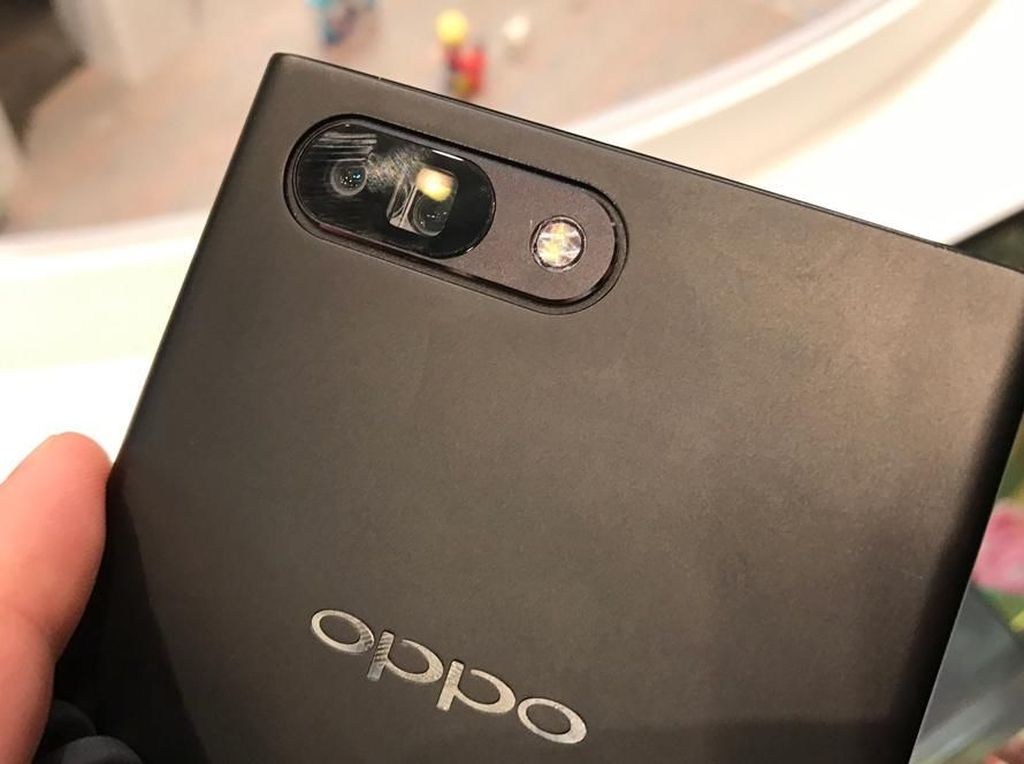 Baterai Ponsel Anyar Oppo Bisa Penuh dalam 15 Menit