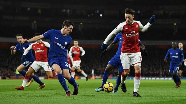 Arsenal vs Chelsea Masih Tanpa Gol di Babak Pertama
