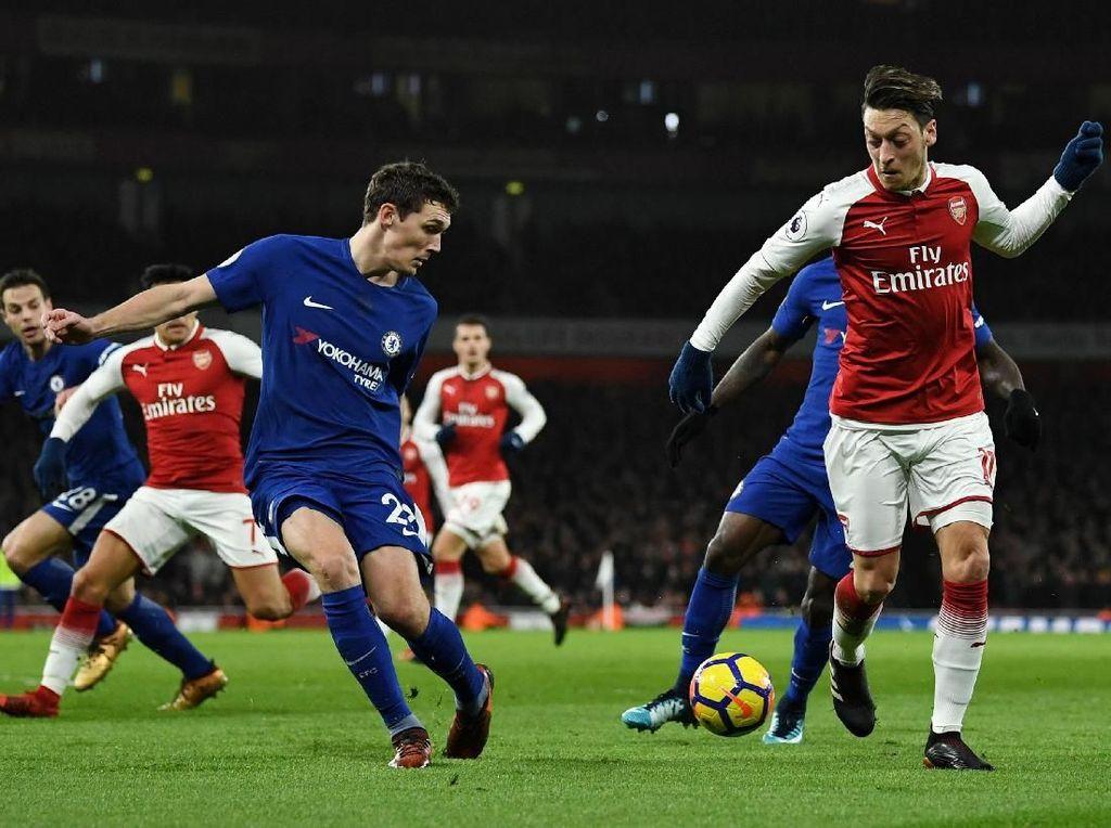 Sengit, Arsenal Imbang dengan Chelsea 2-2