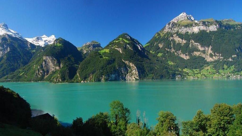 Jadi Rujukan Sandi Sulap Danau Sunter, Begini Potret Danau di Swiss