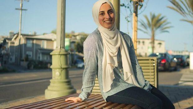 Ini Sara Mudallal, Hijabers Muda yang Populer karena Jago Parkour