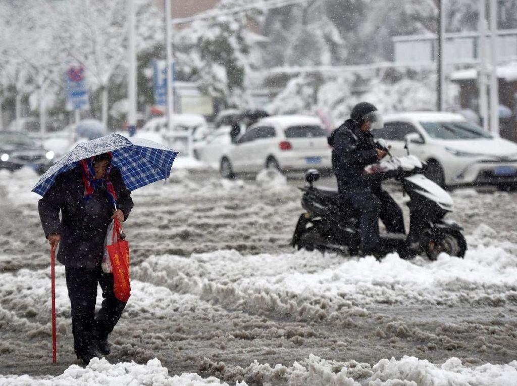 Penampakan Musim Dingin Ekstrem di Beberapa Negara