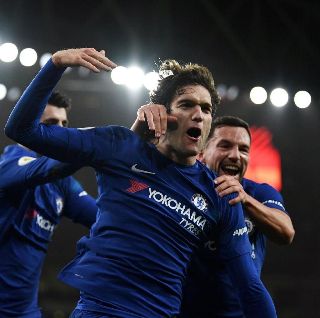 Marcos Alonso Siap Main Saat Chelsea Menjamu Barca