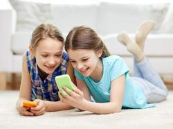 Tips Berinternet Aman untuk Anak dari Google