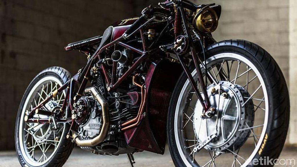 Ducati Jadul Cantik Ini Disapa Typhoon