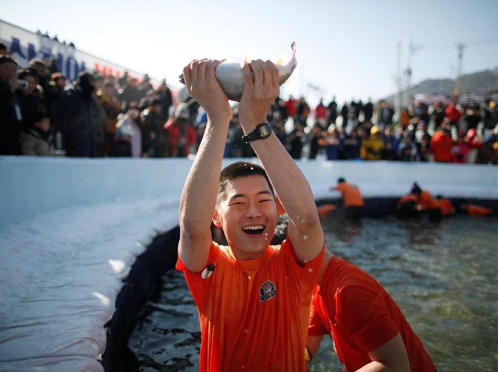 Semarak Festival Memancing Ikan Tahunan di Korsel