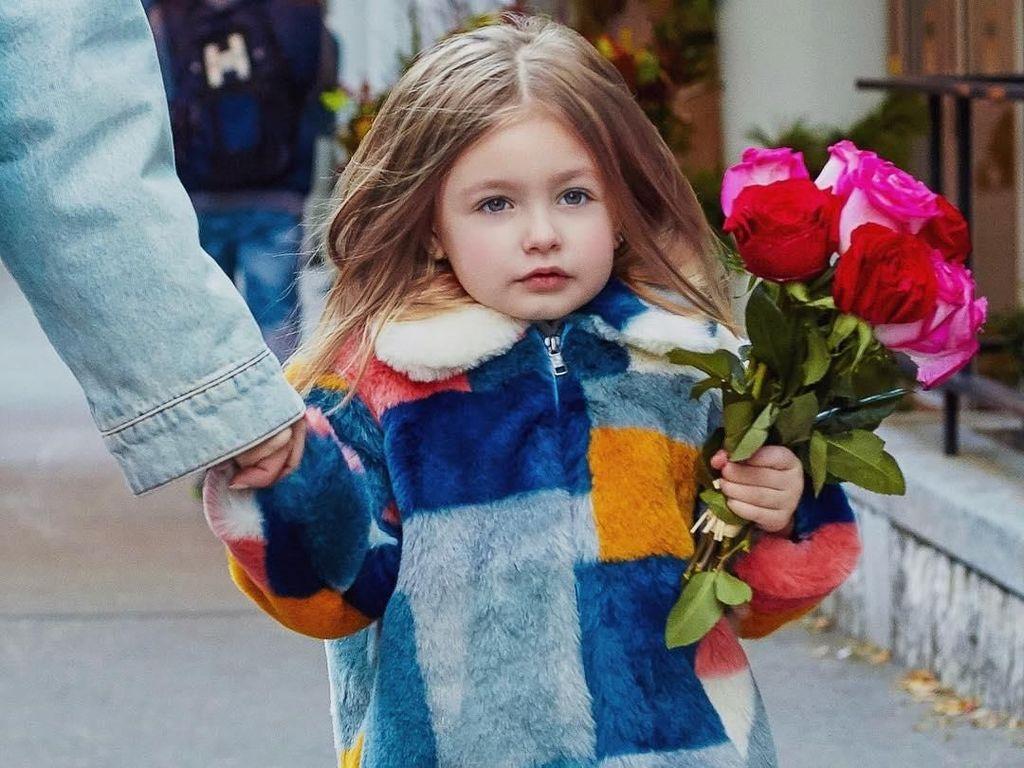 Kenalan dengan Sophie, Fashionista Cilik Usia 3 Tahun yang Menggemaskan