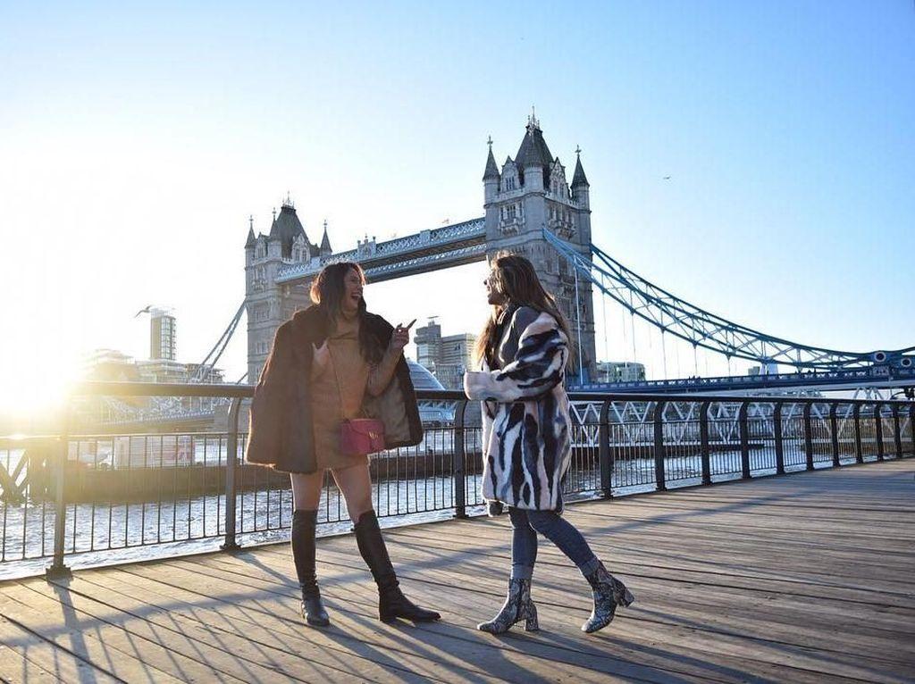 Foto: Pevita Pearce & Valerie Thomas Jalan-jalan Cantik di London