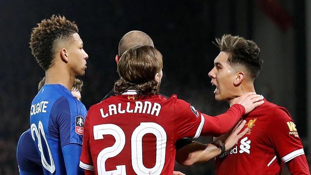 Firmino Terbebas dari Tuduhan Pelecehan Rasial terhadap Bek Everton