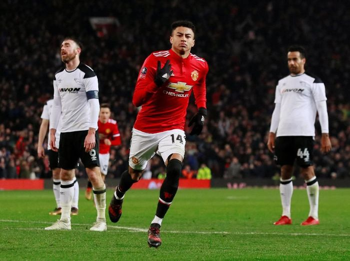 Jesse Lingard mencetak gol pertama MU (Jason Cairnduff/Action Images via Reuters)