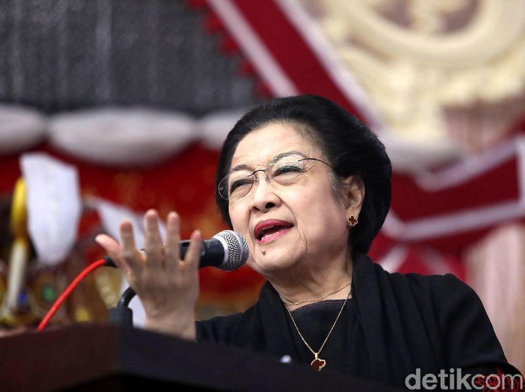 Meme Politik: Pro Kontra Jokowi Naikkan Pangkat Megawati
