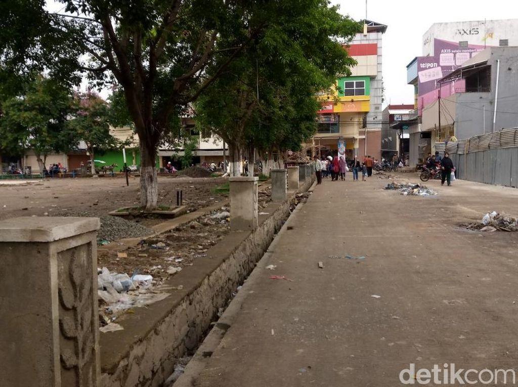 PKL Ditertibkan, Begini Suasana Alun-alun Majalaya