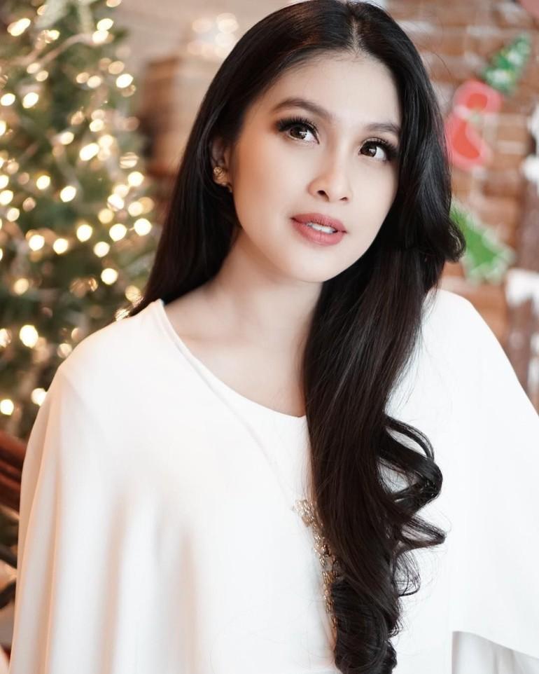 Model Rambut Artis Wanita Indonesia
