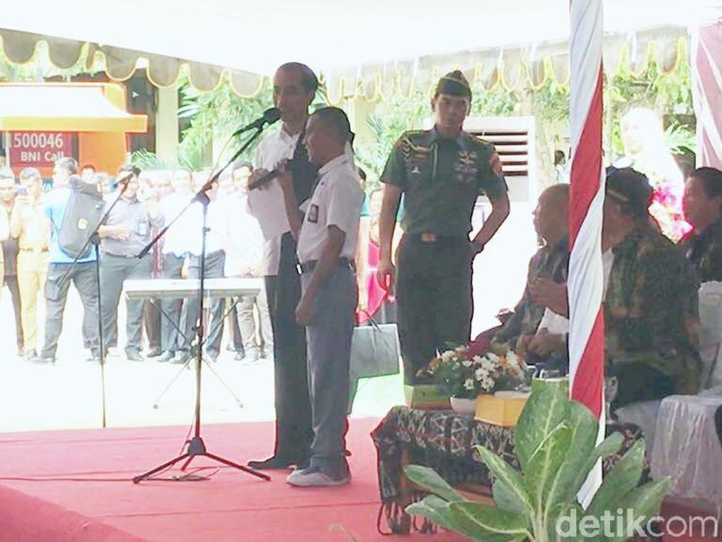 Ade, Pelajar Tunanetra yang Tolak Sepeda Jokowi dan Minta Laptop