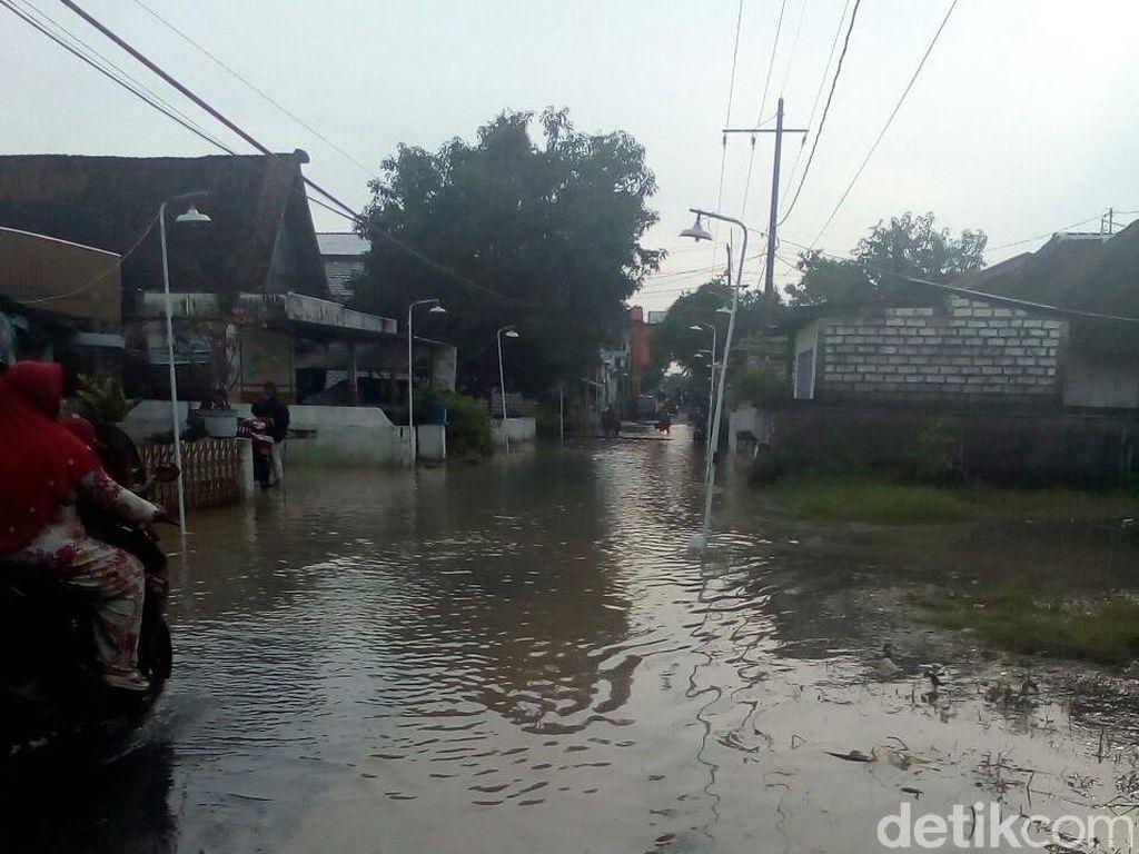 15 Desa di Gresik Diterjang Banjir