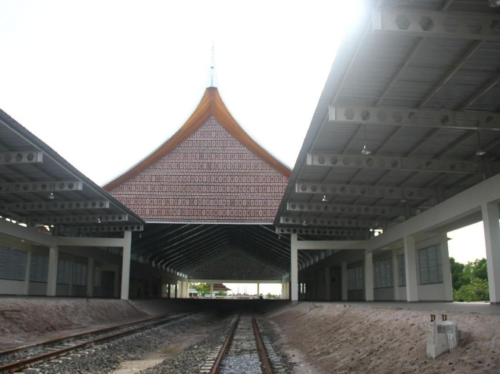 Trainset Kereta Bandara Minangkabau Datang Akhir Februari