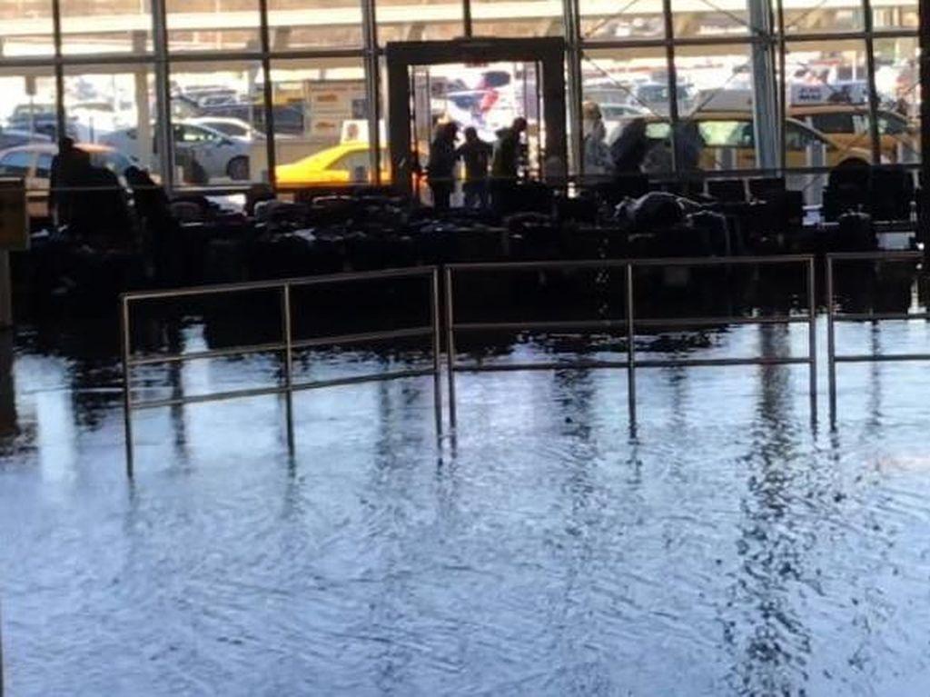 Genangan Air Picu Kekacauan di Bandara JFK New York